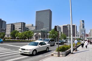 大阪・淀屋橋とオフィス街の写真素材 [FYI03150753]