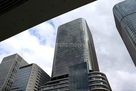 オフィス街の空の写真素材 [FYI03150755]