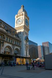 パリのリヨン駅の写真素材 [FYI03151409]