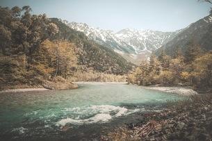 山 川 風景の写真素材 [FYI03153089]