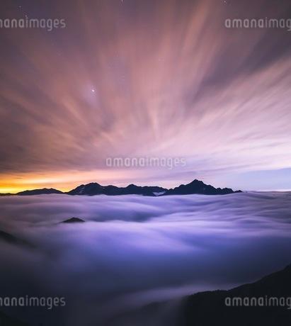 唐松岳 の写真素材 [FYI03153090]
