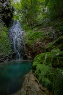 滝 風景の写真素材 [FYI03153191]