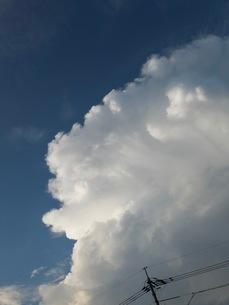 晩夏の積乱雲の写真素材 [FYI03153240]