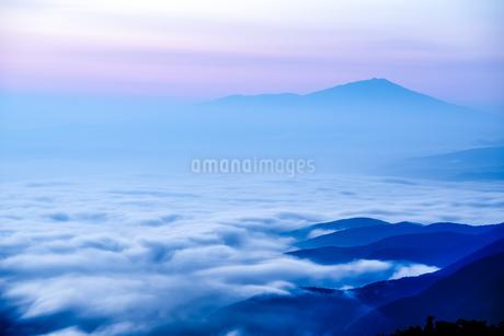 月山 日本 山形県 鶴岡市の写真素材 [FYI03153476]