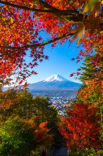新倉山浅間公園 日本 山梨県 富士吉田市の写真素材 [FYI03153778]