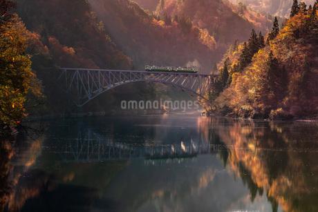 第一只見川橋梁(だいいちただみがわきょうりょう) 日本 福島県 三島町の写真素材 [FYI03153864]