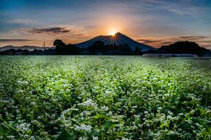 筑波山の美しい撮影スポット 日本 茨城県 下妻市の写真素材 [FYI03153931]