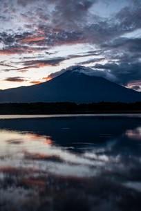 田貫湖 日本 静岡県 富士宮市の写真素材 [FYI03153986]