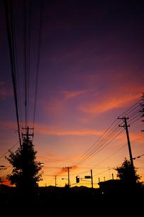 夕焼けの街の写真素材 [FYI03155087]