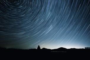 星の軌跡の写真素材 [FYI03155088]
