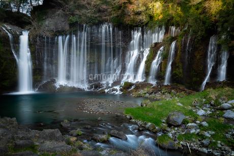 白糸の滝 山梨県 南部町の写真素材 [FYI03155452]