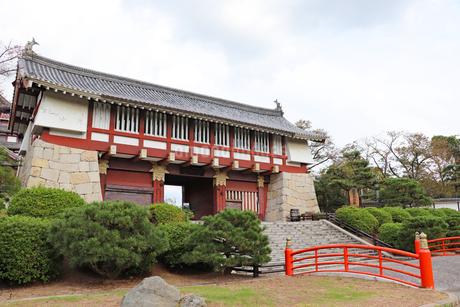 伏見桃山城・大手門の写真素材 [FYI03155496]