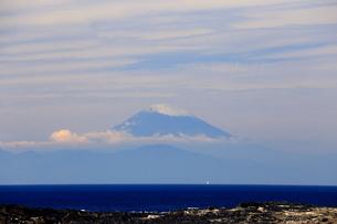 城ヶ島から富士山の写真素材 [FYI03155535]