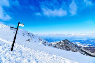 八ヶ岳(冬季)の写真素材 [FYI03155663]
