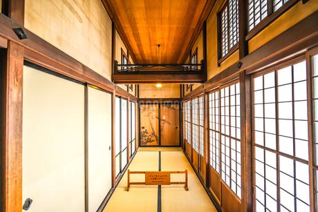 日本家屋のイメージの写真素材 [FYI03155752]