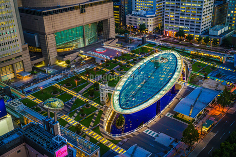 名古屋テレビ塔から見えるオアシス21の写真素材 [FYI03155789]