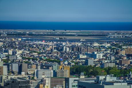 晴天の仙台市内の街並みの写真素材 [FYI03155879]