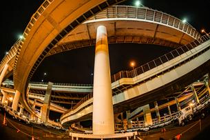 首都高速湾岸線・大黒ジャンクション(横浜市鶴見区)の写真素材 [FYI03155929]