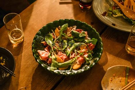 レストランでのディナーのイメージの写真素材 [FYI03155946]