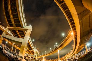 首都高速湾岸線・大黒ジャンクション(横浜市鶴見区)の写真素材 [FYI03156012]
