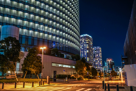 横浜みなとみらいのオフィス街の写真素材 [FYI03156025]