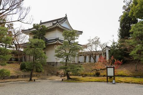 京都・二条城の櫓の写真素材 [FYI03156120]