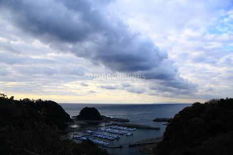 長い雲の写真素材 [FYI03156390]