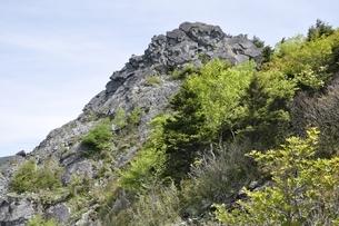 乾徳山岩峰の写真素材 [FYI03157208]