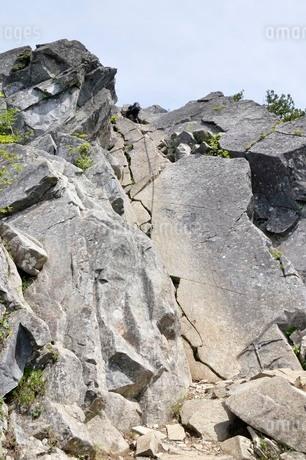 絶壁の登山道の写真素材 [FYI03157212]