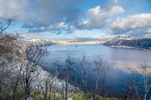 摩周湖  日本 北海道 川上郡の写真素材 [FYI03157534]