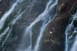 白髭の滝 日本 北海道 上川郡の写真素材 [FYI03157535]