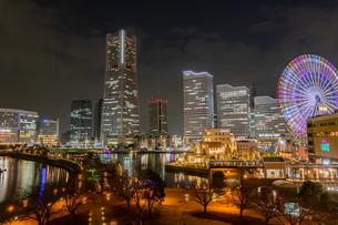 横浜 みなとみらい 夜景の写真素材 [FYI03157953]