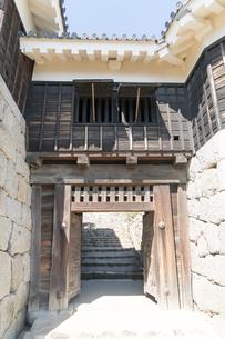 伊予 松山城 隠門 国重要文化財の写真素材 [FYI03158119]