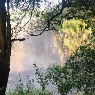 滝 虹 の写真素材 [FYI03158397]