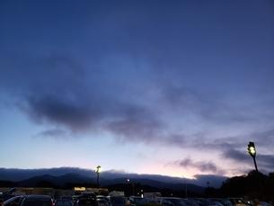 夜明けの空の写真素材 [FYI03160034]