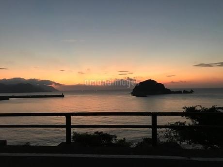 夕日の写真素材 [FYI03160213]
