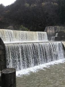 森と滝と川の写真素材 [FYI03160230]