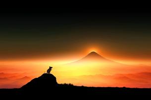 富士山の日の出とネズミのシルエットのイラスト素材 [FYI03160361]