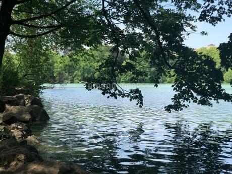 湖の写真素材 [FYI03160658]