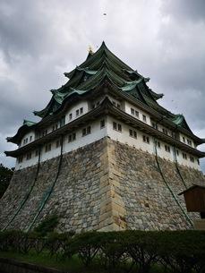 金の鯱がある名古屋城の写真素材 [FYI03160790]
