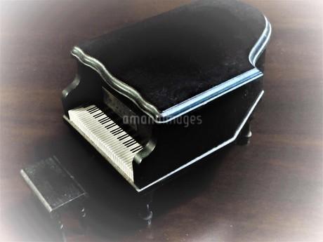 ピアノの写真素材 [FYI03161295]