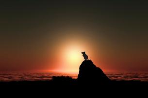日の出とネズミのシルエットのイラスト素材 [FYI03161389]