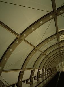 エスカレーターの屋根    お台場 東京都の写真素材 [FYI03162305]