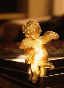 天使イメージの写真素材 [FYI03162309]