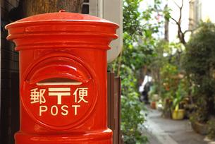 郵便ポストの写真素材 [FYI03163526]