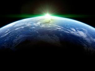 衛星軌道から眺める日の出に浮かび上がる日本と北東アジア圏のイラスト素材 [FYI03165933]