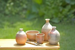 焼きものと陶芸の道具の写真素材 [FYI03166721]