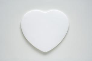白いハートの写真素材 [FYI03166754]