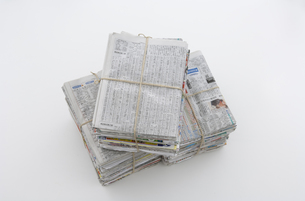 束ねた古新聞の写真素材 [FYI03166799]