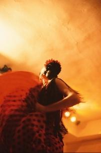 フラメンコを踊る女性の写真素材 [FYI03167296]
